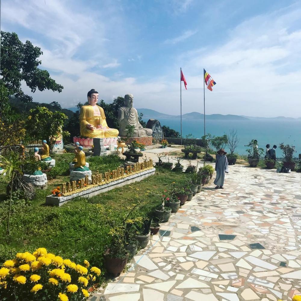 Image result for chùa đa bão